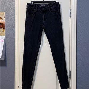 black skinny jeans. american eagle outfitters